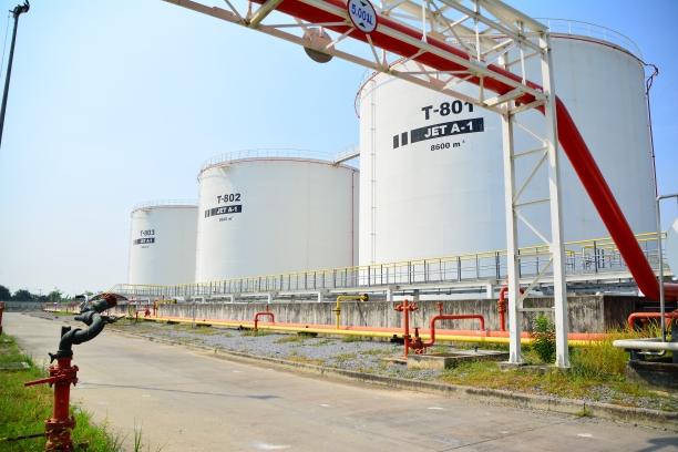 สัญญาจ้างออกแบบรวมก่อสร้างโครงการก่อสร้างถังเก็บน้ำมัน T-802, T-803 และส่วนที่เกี่ยวข้อง ณ คลังน้ำมันเชื้อเพลิงอากาศยานสุวรรณภูมิ